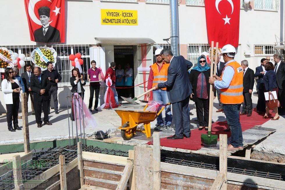 Fotoğraflarla Z.G.Ö. Kız Meslek Anadolu Lisesi Akıllı Spor Salonu Temel 87