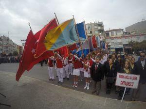 Fotoğraflarla Cumhuriyet Bayramı çelenk sunma programı