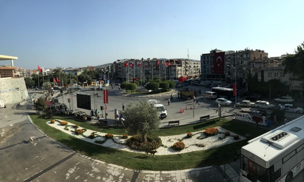 Akhisar Milli Egemenlik Meydanında 15 Temmuz hazırlıkları 1