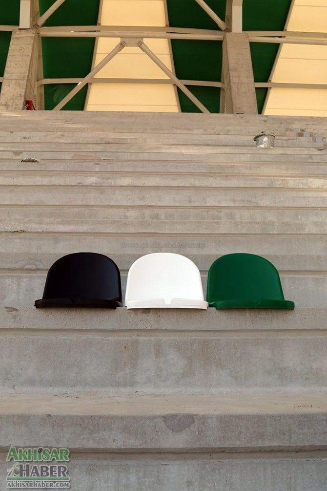 Spor Toto Akhisar Stadyumunda koltukların montajı başlıyor! 1