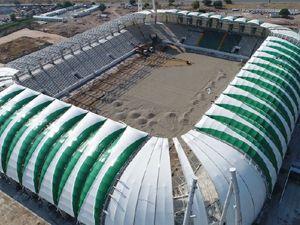 Stadyumunun çatı montajında sona gelindi