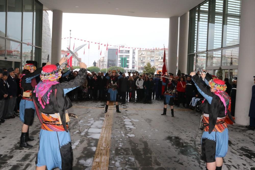 Atatürk'ün Akhisar'a gelişinin 95.yıl dönümü kutlama programı 1