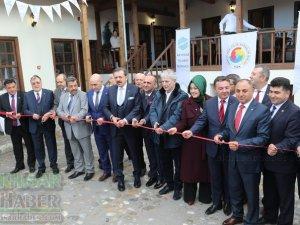 Akhisar Ticaret Borsası tarafından yaptırılan Dombaycıoğlu Hanı açılışı