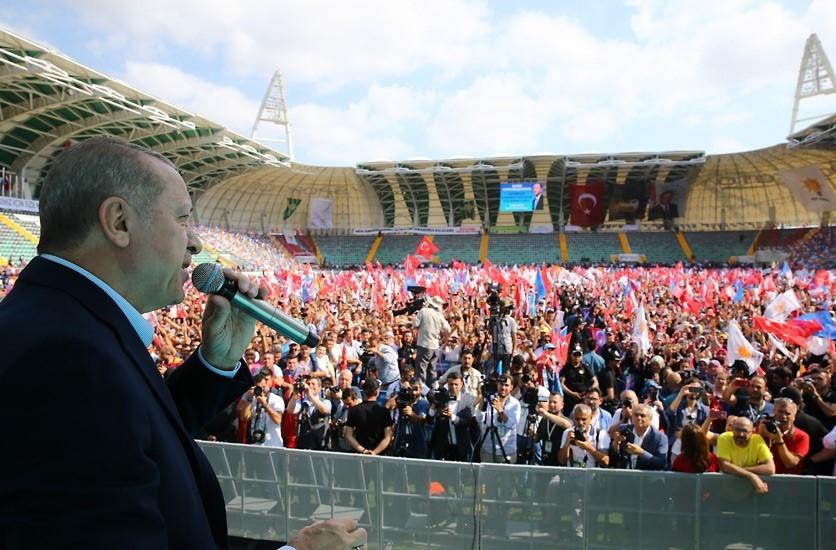 Cumhurbaşkanı Recep Tayyip Erdoğan, Akhisar'da miting yaptı 1