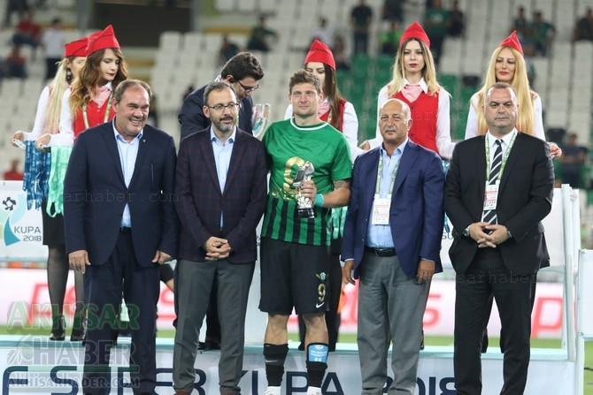 Süper Kupa'da maçın adamı Seleznov oldu 1