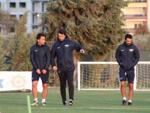 Cihat Arslan, Akhisarspor'un ilk idmanına çıktı