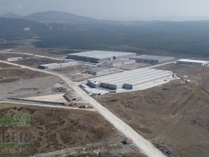 Akhisar Zeytin OSB giderek büyüyor! 10 işletmede Bin kişi çalışıyor