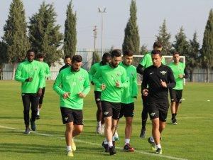 Akhisarspor, Sevilla maçı ardından Antalyaspor maçı hazırlıklarına ara v