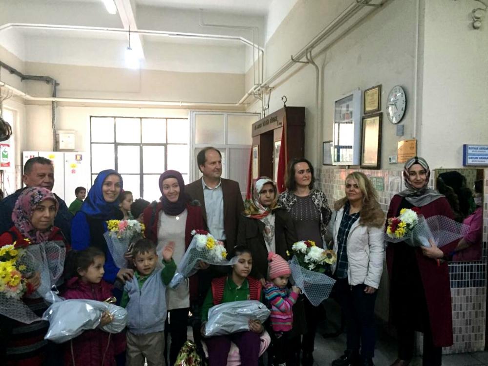 Akhisar A. Vehbi Bakırlıoğlu (Gazi) İlkokulu Engelliler Gününde farkında 1