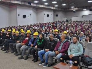 Akhisar Eğitim-Sen'den Tolga Çandar ve Grup Seyyah ve Ahura Ritm Gr