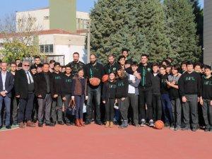 Akhisar Belediye Basket takımı, Akhisar Fen Lisesi öğrencileri ile buluş