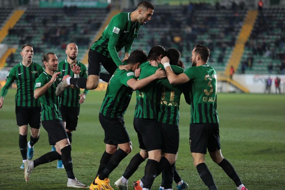 TFF 1.Lig, Akhisarspor, E.G. Menemenspor ilk devre fotoğrafları 1