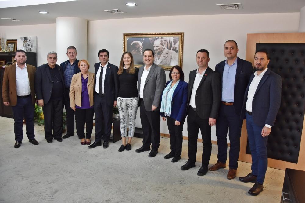 Seçimi kaybeden CHP İl Başkan Adayı Durbay, Başkan Besim Dutlulu'yu 1