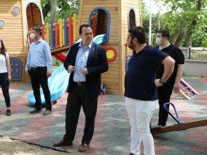 Belediye Başkanı Besim Dutlulu, sosyal tesislerde incelemelerde bulundu