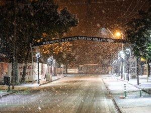 Akhisar'dan 16 Ocak 2021 tarihli kar manzaraları