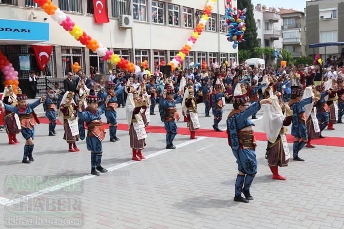Akhisar'da 23 Nisan Çocuk Bayramı'nın 96.Yıl Kutlama Programı 100