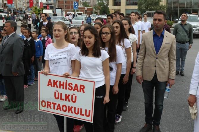Akhisar'da 23 Nisan Çocuk Bayramı'nın 96.Yıl Kutlama Programı 18