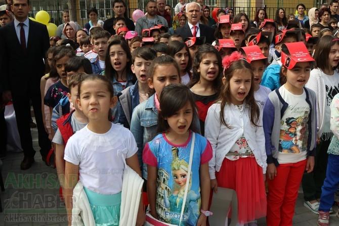 Akhisar'da 23 Nisan Çocuk Bayramı'nın 96.Yıl Kutlama Programı galerisi resim 36