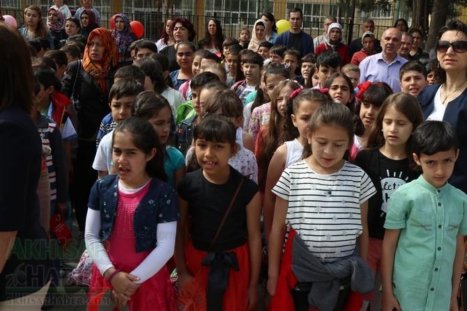 Akhisar'da 23 Nisan Çocuk Bayramı'nın 96.Yıl Kutlama Programı galerisi resim 39