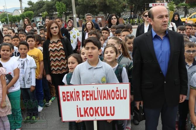 Akhisar'da 23 Nisan Çocuk Bayramı'nın 96.Yıl Kutlama Programı 5