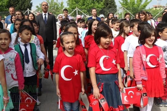 Akhisar'da 23 Nisan Çocuk Bayramı'nın 96.Yıl Kutlama Programı galerisi resim 54