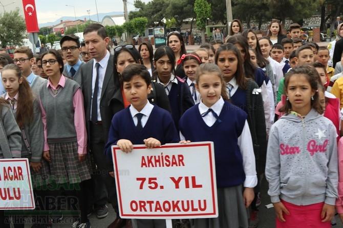 Akhisar'da 23 Nisan Çocuk Bayramı'nın 96.Yıl Kutlama Programı 6