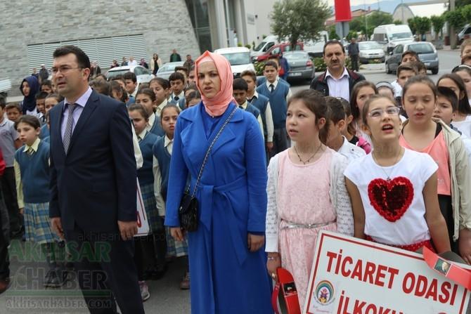 Akhisar'da 23 Nisan Çocuk Bayramı'nın 96.Yıl Kutlama Programı 8