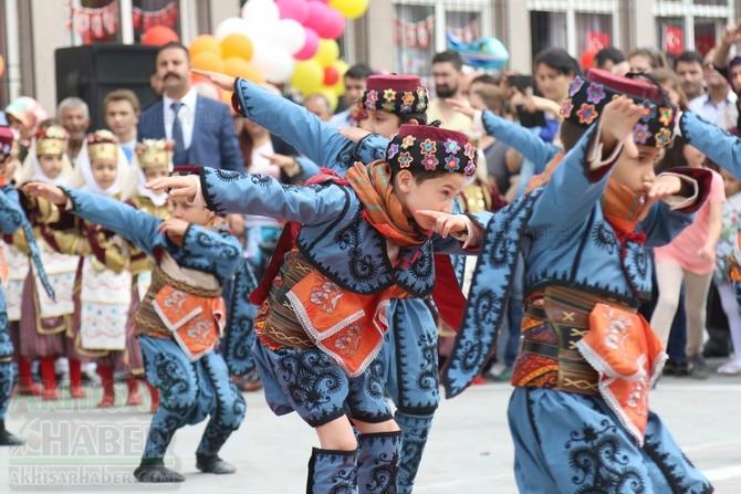 Akhisar'da 23 Nisan Çocuk Bayramı'nın 96.Yıl Kutlama Programı 93
