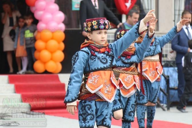Akhisar'da 23 Nisan Çocuk Bayramı'nın 96.Yıl Kutlama Programı 94