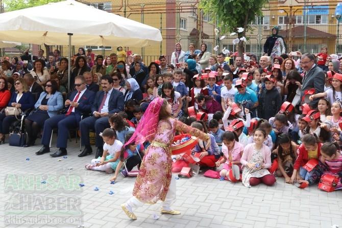 Akhisar'da 23 Nisan Çocuk Bayramı'nın 96.Yıl Kutlama Programı 98