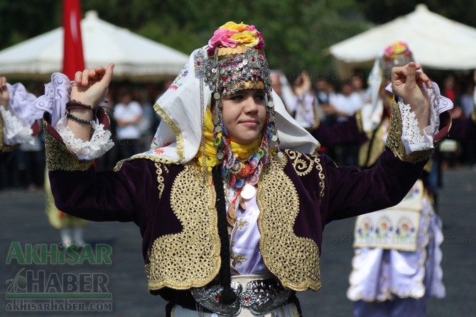 Akhisar'da 19 Mayıs Atatürk'ü Anma, Gençlik ve Spor Bayramı 97 galerisi resim 19