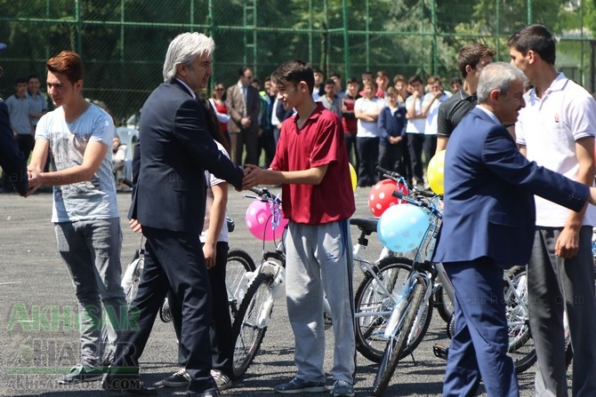 Akhisar'da 19 Mayıs Atatürk'ü Anma, Gençlik ve Spor Bayramı 97 46