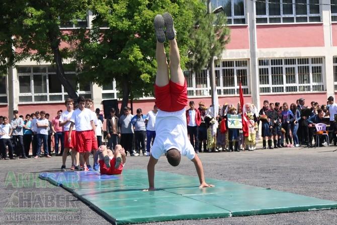 Akhisar'da 19 Mayıs Atatürk'ü Anma, Gençlik ve Spor Bayramı 97 49
