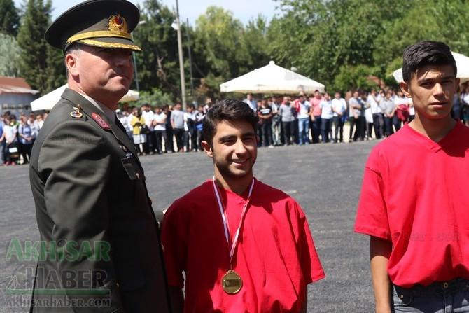 Akhisar'da 19 Mayıs Atatürk'ü Anma, Gençlik ve Spor Bayramı 97 63