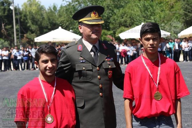 Akhisar'da 19 Mayıs Atatürk'ü Anma, Gençlik ve Spor Bayramı 97 64