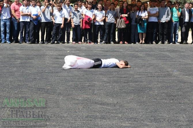 Akhisar'da 19 Mayıs Atatürk'ü Anma, Gençlik ve Spor Bayramı 97 69