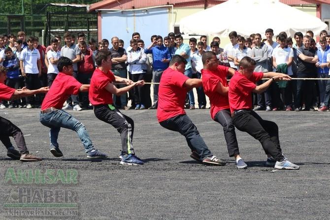 Akhisar'da 19 Mayıs Atatürk'ü Anma, Gençlik ve Spor Bayramı 97 79
