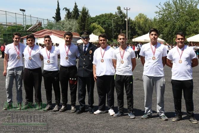 Akhisar'da 19 Mayıs Atatürk'ü Anma, Gençlik ve Spor Bayramı 97 90