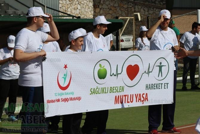 Akhisar'da Obezite'ye karşı hareketli yaşam yürüyüşü yapıldı 1