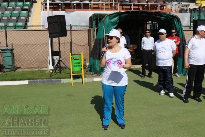 Akhisar'da Obezite'ye karşı hareketli yaşam yürüyüşü yapıldı 23