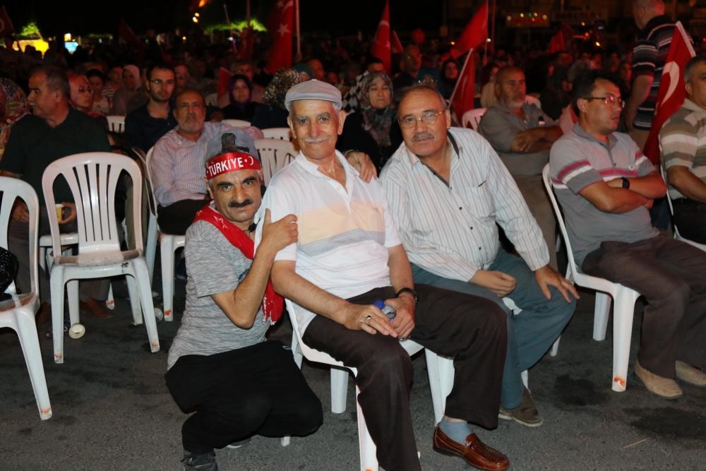 Akhisar'da demokrasi nöbeti 16.gününde de devam ediyor 23