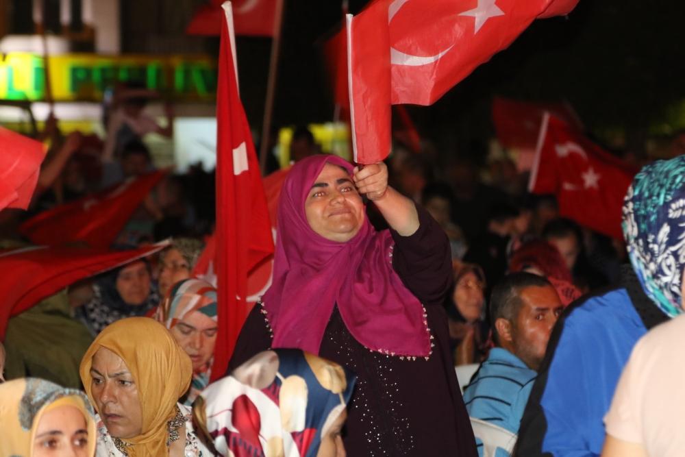 Akhisar'daki demokrasi nöbeti 17. gün 12