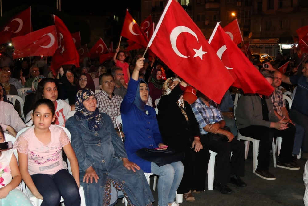 Akhisar'daki demokrasi nöbeti 17. gün 7