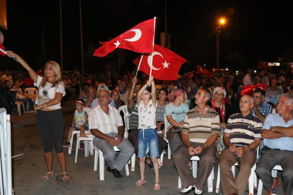 Akhisar demokrasi nöbeti 18. günü galerisi resim 1