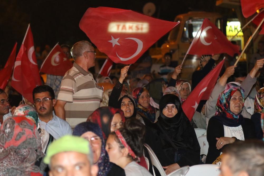 Akhisar demokrasi nöbeti 18. günü 10