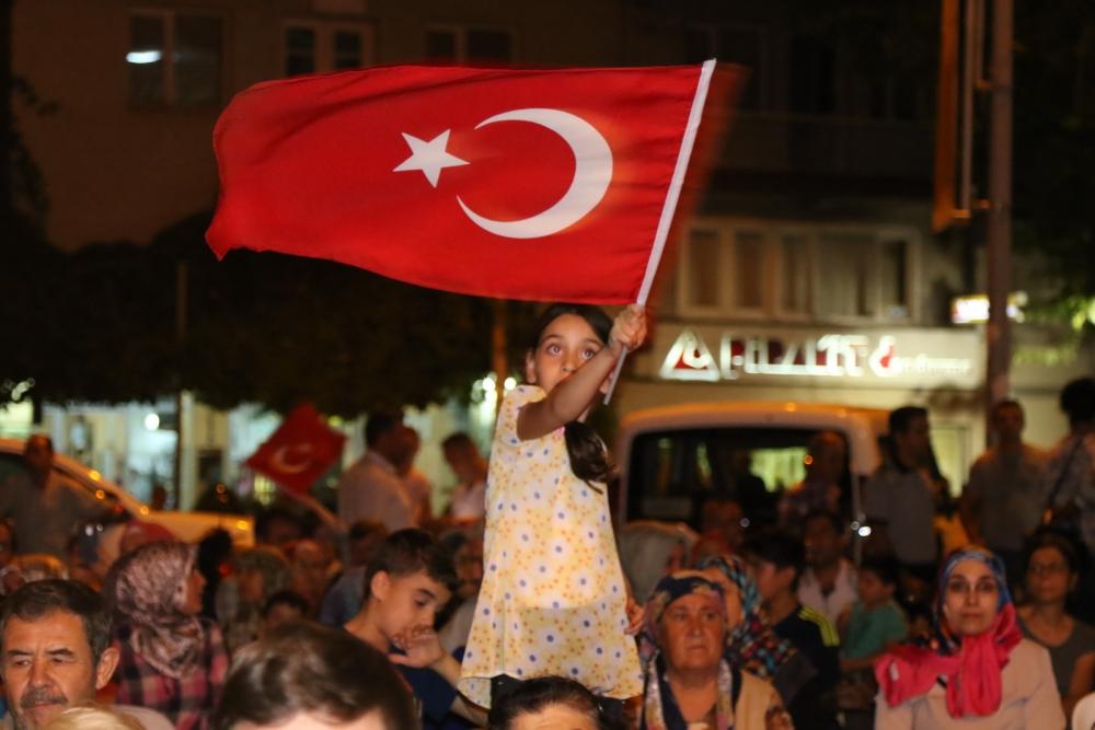 Akhisar demokrasi nöbeti 18. günü 11