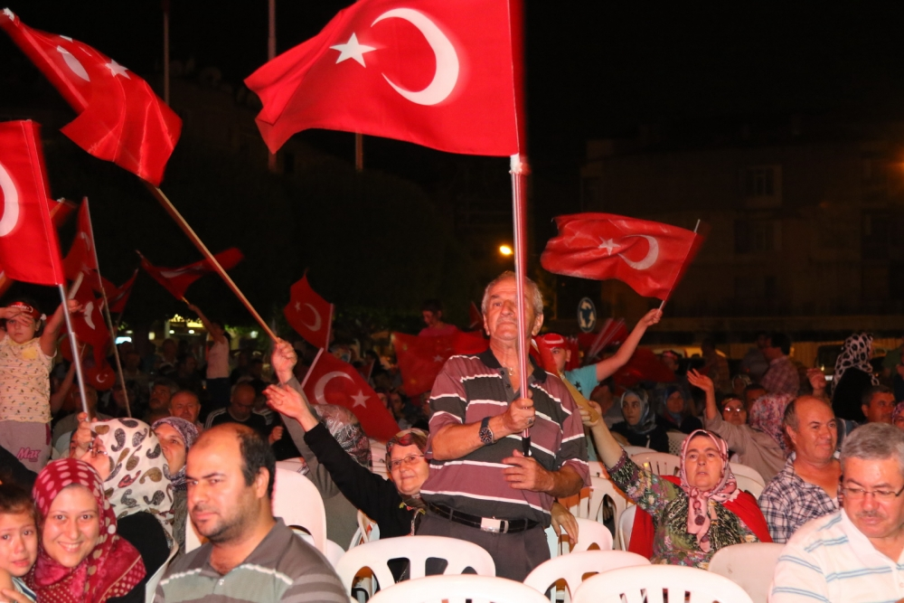 Akhisar demokrasi nöbeti 18. günü 17