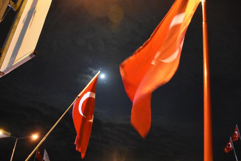 Akhisar demokrasi nöbeti 18. günü galerisi resim 18