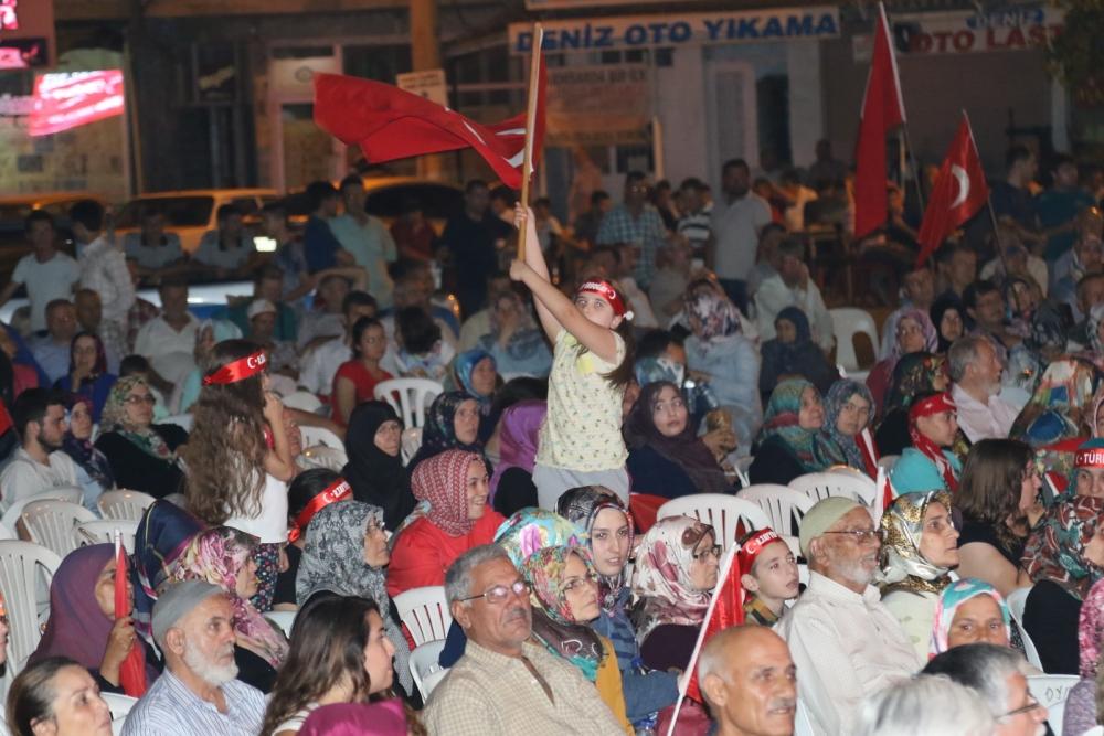 Akhisar demokrasi nöbeti 18. günü 19