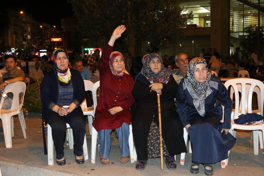 Akhisar demokrasi nöbeti 18. günü galerisi resim 22